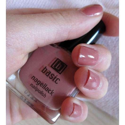 test nagellack basic nagellack farbe rosa braun. Black Bedroom Furniture Sets. Home Design Ideas