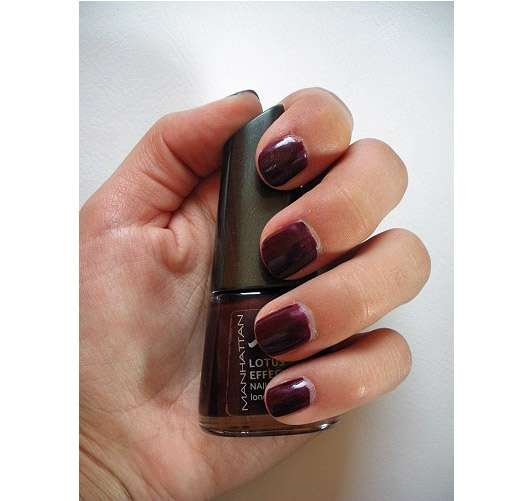 test nagellack manhattan lotus effect nail polish farbe 02 birdy bordeaux le. Black Bedroom Furniture Sets. Home Design Ideas